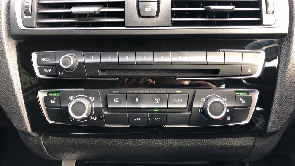 BMW 2 Series 218i SE Coupe Auto, Nav, Xenon Headlights, DAB Radio, Rear Camera, Front and Rear Sensors image 15