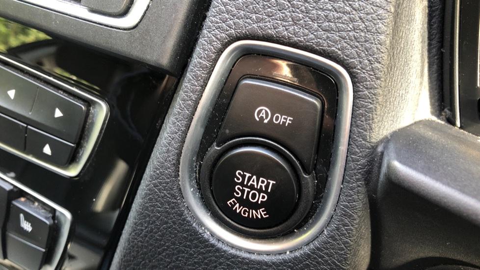BMW 2 Series 218i SE Coupe Auto, Nav, Xenon Headlights, DAB Radio, Rear Camera, Front and Rear Sensors image 17