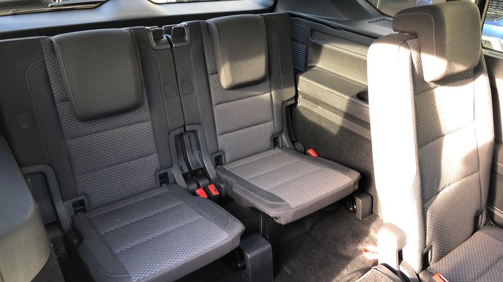 Volkswagen Touran 1.6 TDI 115 SE Family Manual, Nav, Sunroof, Adaptive Cruise, DAB Radio, Front & Rear Sensors image 15