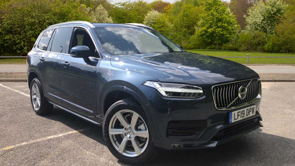 Volvo XC90 B5 [235] Momentum Mild Hybrid AWD Auto, Family Pk, Winter Pk & Privacy Glass. 2.0 Diesel Automatic 5 door Estate (2020) image