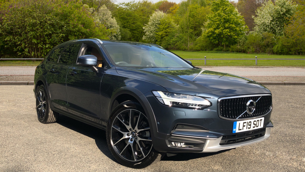 Volvo V90 2.0 D4 Cross Country Plus AWD AT Xenium & Winter Pk, BLIS, HKardon, S/Phone, Tints Diesel Automatic 5 door Estate (2020)
