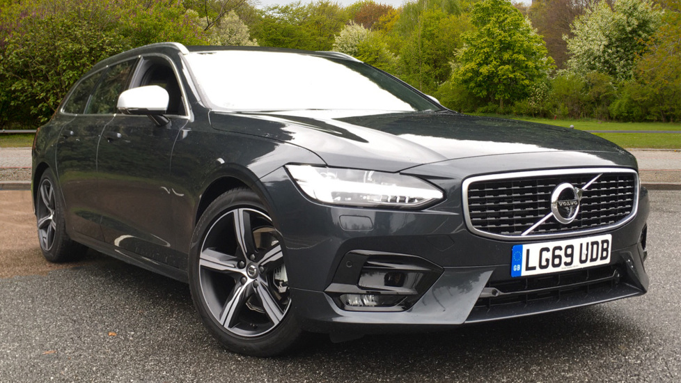 Volvo V90 2.0 D4 R Design Auto, Winter Pk with Head Up Display, S/Phone Int, BLIS, 360 Camera. Diesel Automatic 5 door Estate (2019)