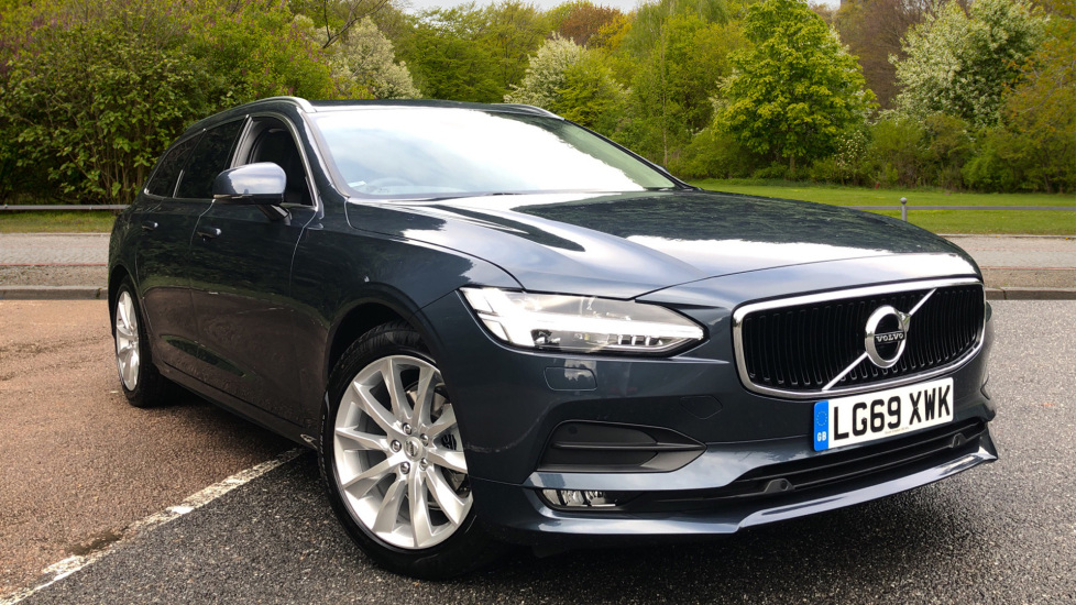 Volvo V90 2.0 T4 Momentum Plus Auto, Winter Pk, Family Pk, Privacy Glass, Integrated Booster Seats Automatic 5 door Estate (2020) image