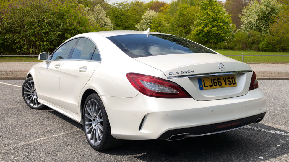 Mercedes-Benz CLS-Class CLS 350d AMG Line Premium Plus Auto with 360 Camera, Command Sat Nav. image 3