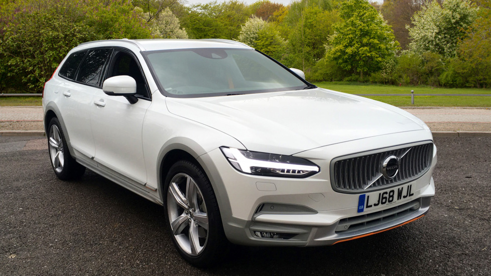 Volvo V90 2.0 D4 AWD Cross Country Ocean Race Edition Auto with Privacy Glass, Nav & Front Park Assist Diesel Automatic 5 door Estate (2018) at Volvo Croydon thumbnail image