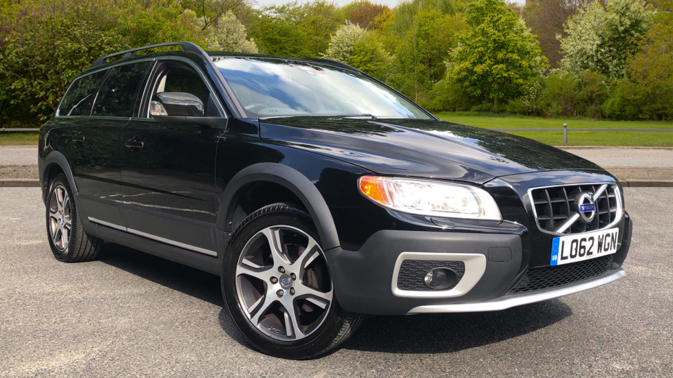 Volvo XC70 D5 SE Lux Auto Nav with Heated Fnt Seats, Rr Park Assist & Privacy Glass 2.4 Diesel Automatic 5 door Estate (2012) image