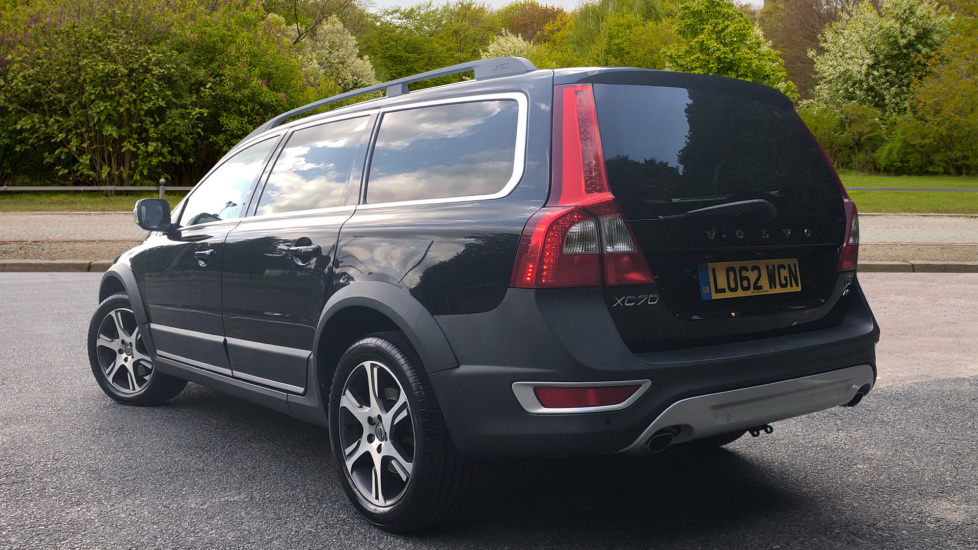 Volvo XC70 D5 SE Lux Auto Nav with Heated Fnt Seats, Rr Park Assist &  Privacy Glass 2 4 Diesel Automatic 5 door Estate (2012) at Volvo Croydon