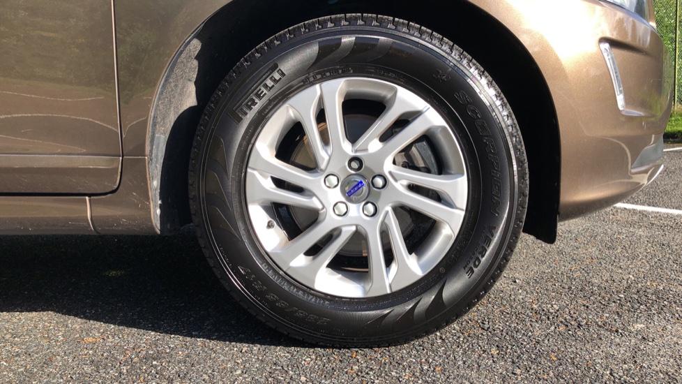 Volvo XC60 D4 SE Nav Auto, Nav, Front & Rear Park Sensors, Bluetooth, DAB Radio, ISOFIX Child Seat Fixings image 21