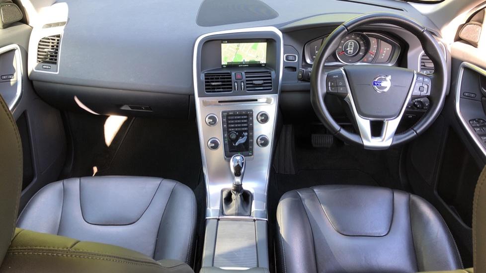 Volvo XC60 D4 SE Nav Auto, Nav, Front & Rear Park Sensors, Bluetooth, DAB Radio, ISOFIX Child Seat Fixings image 7