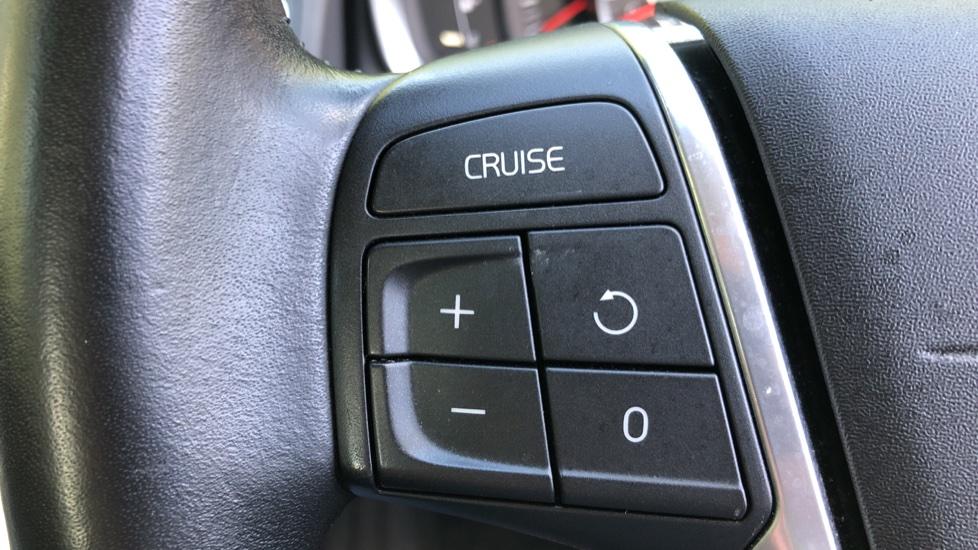 Volvo XC60 D4 SE Nav Auto, Nav, Front & Rear Park Sensors, Bluetooth, DAB Radio, ISOFIX Child Seat Fixings image 10
