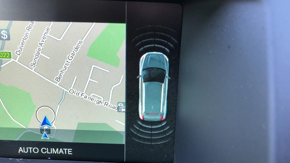 Volvo XC60 D4 SE Nav Auto, Nav, Front & Rear Park Sensors, Bluetooth, DAB Radio, ISOFIX Child Seat Fixings image 6