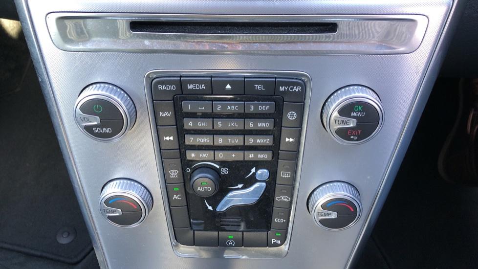 Volvo XC60 D4 SE Nav Auto, Nav, Front & Rear Park Sensors, Bluetooth, DAB Radio, ISOFIX Child Seat Fixings image 14