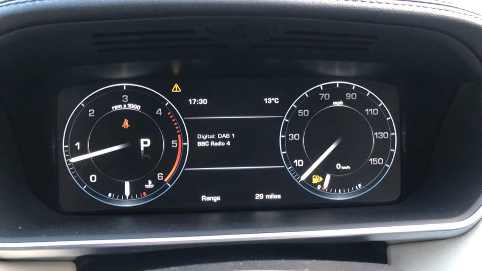Land Rover Range Rover 4.4 SDV8 Vogue SE 4dr, Lenticular TV & Sat Nav, Heated Screen, 4 Zone Climate Air Con, Memory Seats image 15
