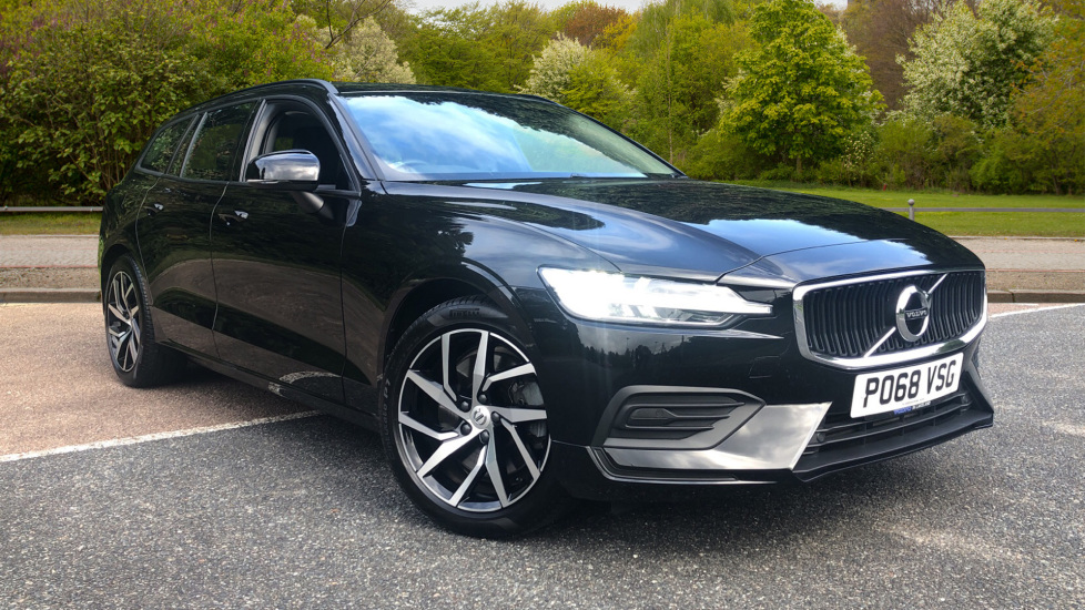 Volvo V60 2.0 T5 Petrol 250hp Momentum Nav Auto with Rear Sensors, DAB Radio, Powered Tailgate, ECC & ISOFIX  Automatic 5 door Estate (2018)
