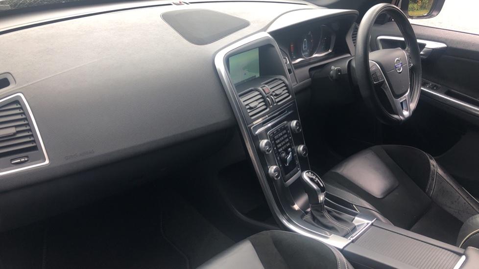 Volvo XC60 D5 [215] AWD R Design Nav Auto with High Perfor Audio, ECC DAB Radio, USB & Bluetooth image 12