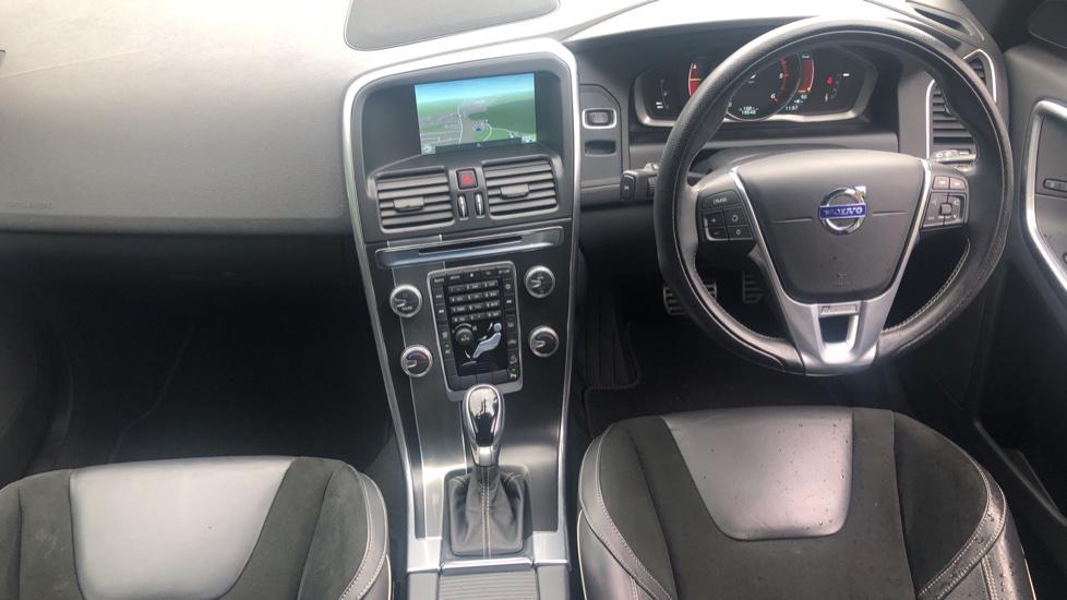 Volvo XC60 D5 [215] AWD R Design Nav Auto with High Perfor Audio, ECC DAB Radio, USB & Bluetooth image 14