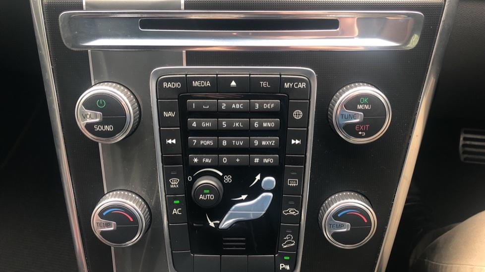 Volvo XC60 D5 [215] AWD R Design Nav Auto with High Perfor Audio, ECC DAB Radio, USB & Bluetooth image 20