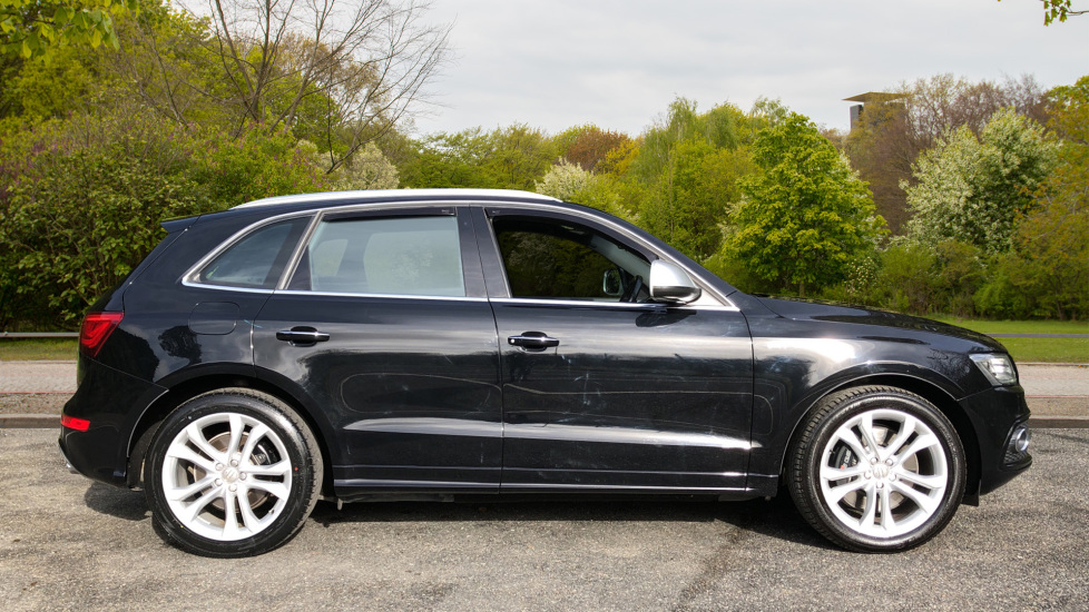 Audi Q5 SQ5 Quattro Auto, with Audi Music Interface, F.Heated Seats, Paddles Shifters, R.Park Sensors image 2