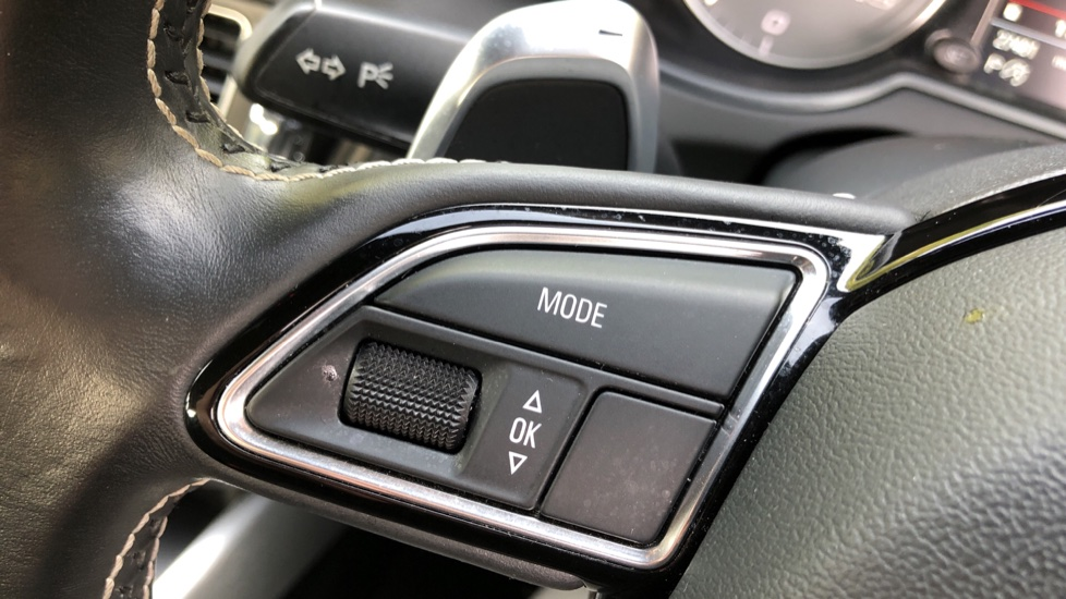 Audi Q5 SQ5 Quattro Auto, with Audi Music Interface, F.Heated Seats, Paddles Shifters, R.Park Sensors image 17
