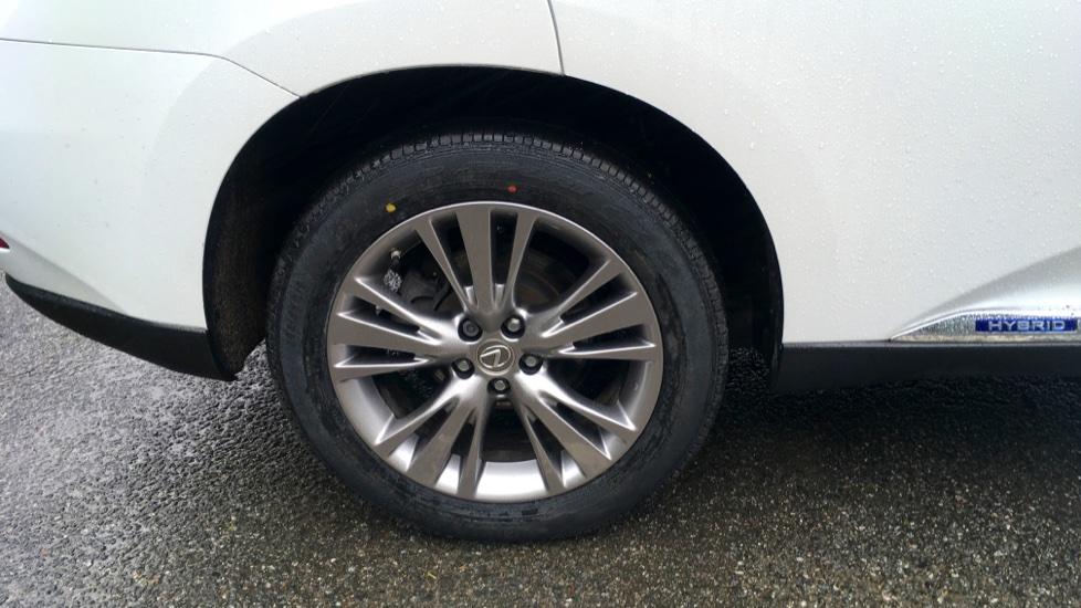 Lexus RX 450h 3.5 Hybrid Luxury Auto with Parking Sensors, Sat Nav, Rear Camera & Heated Front Seats image 5