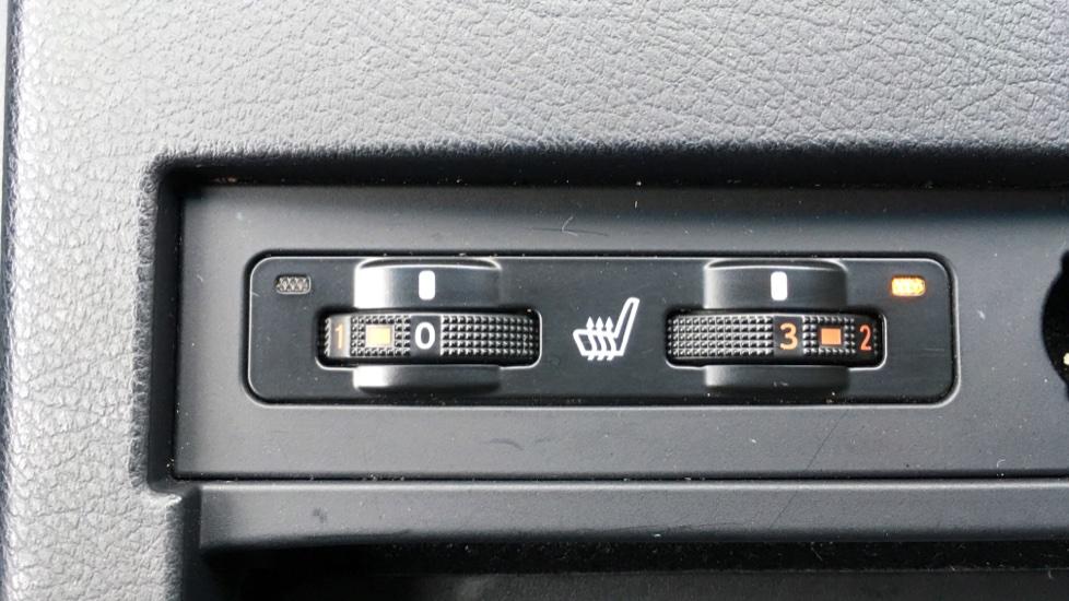 Lexus RX 450h 3.5 Hybrid Luxury Auto with Parking Sensors, Sat Nav, Rear Camera & Heated Front Seats image 10