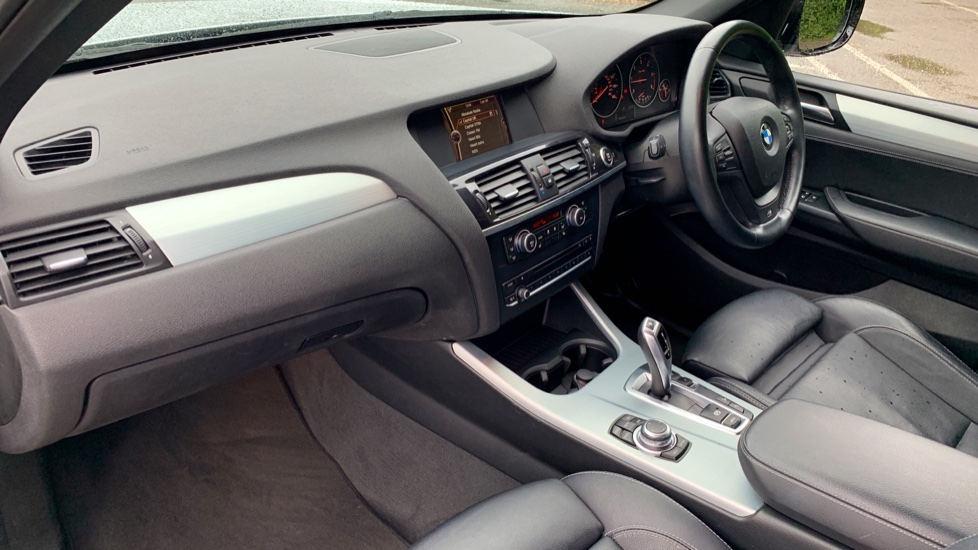 BMW X3 xDrive2.0d M Sport Auto with BMW Sat Nav, DAB Radio, Front & Rear Park Assist  image 3