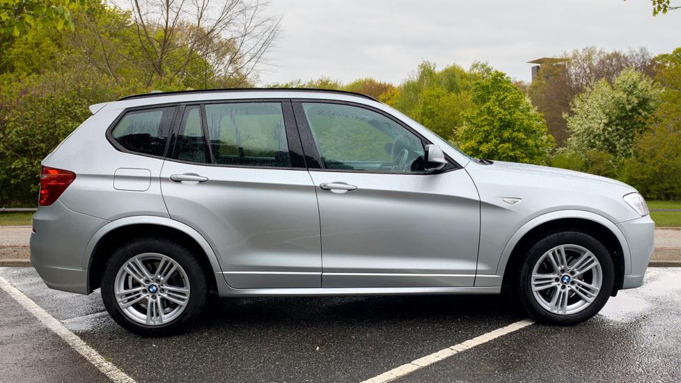 BMW X3 xDrive2.0d M Sport Auto with BMW Sat Nav, DAB Radio, Front & Rear Park Assist  image 4