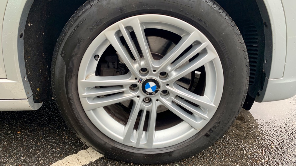 BMW X3 xDrive2.0d M Sport Auto with BMW Sat Nav, DAB Radio, Front & Rear Park Assist  image 5