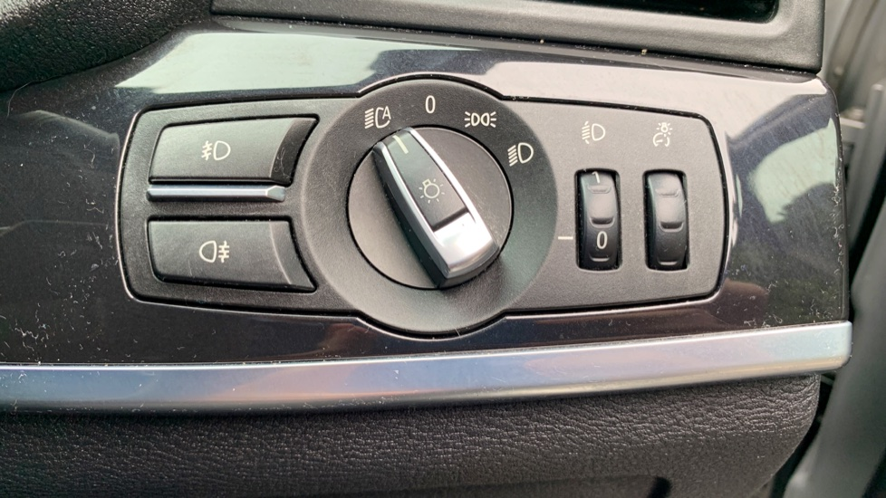 BMW X3 xDrive2.0d M Sport Auto with BMW Sat Nav, DAB Radio, Front & Rear Park Assist  image 23