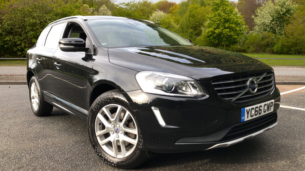 Volvo XC60 D5 SE Lux Nav AWD AT, Winter Pk, Active Bending Headlights, R. Sensors, Keyless Drive, DAB Radio 2.4 Diesel Automatic 5 door 4x4 (2016) at Volvo Croydon thumbnail image