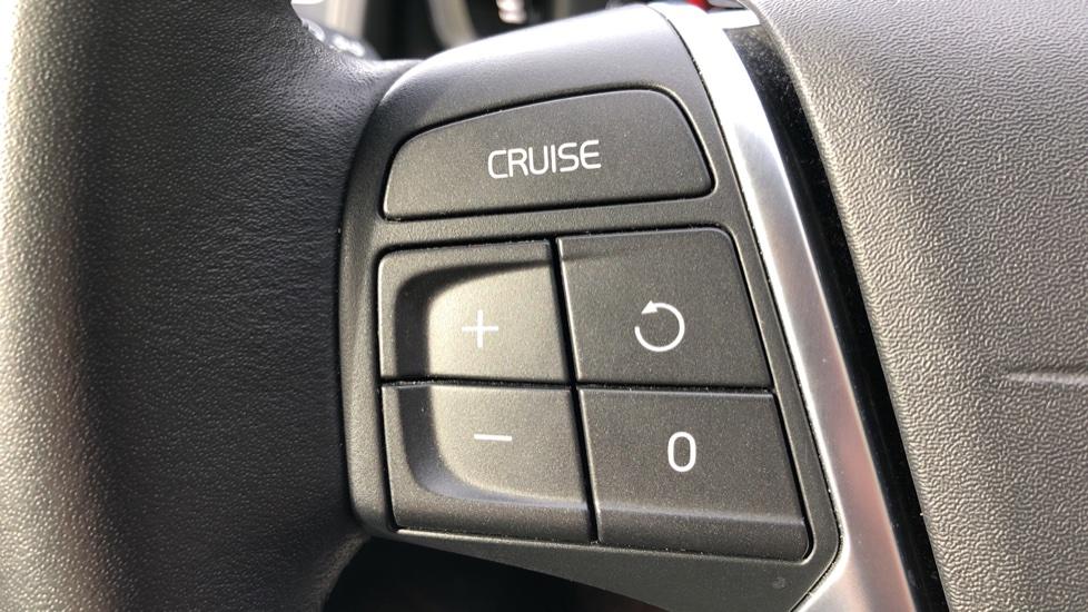 Volvo XC60 D5 SE Lux Nav AWD AT, Winter Pk, Active Bending Headlights, R. Sensors, Keyless Drive, DAB Radio image 18
