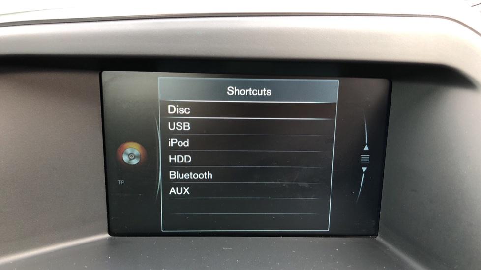 Volvo XC60 D5 SE Lux Nav AWD AT, Winter Pk, Active Bending Headlights, R. Sensors, Keyless Drive, DAB Radio image 22