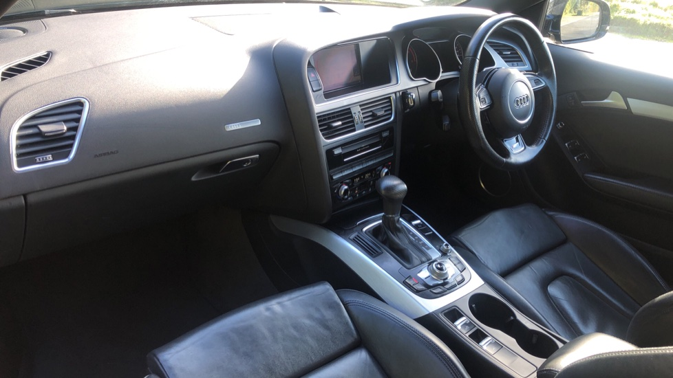 Audi A5 2.0 TDI 177 S Line Special Edition Auto, Tech Pack, Heated Seats, Bi Xenon Lights, B & O Audio image 14