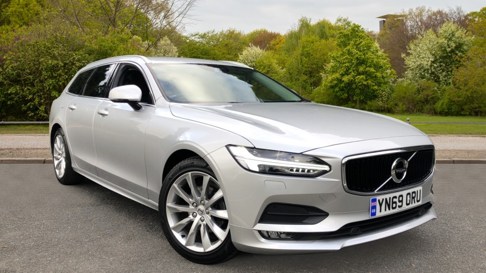 Volvo V90 D4 Momentum Plus Auto, Nav, Winter Pack, Heated Screen, Keyless Drive, Privacy Glass 2.0 Diesel Automatic 5 door Estate (2019) image