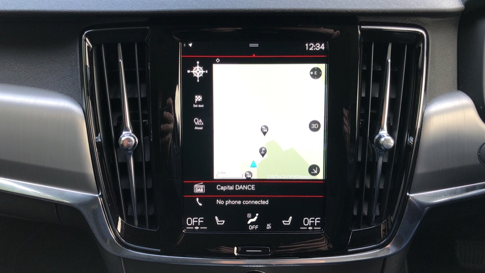 Volvo V90 D4 Momentum Plus Auto, Nav, Winter Pack, Heated Screen, Keyless Drive, Privacy Glass image 5