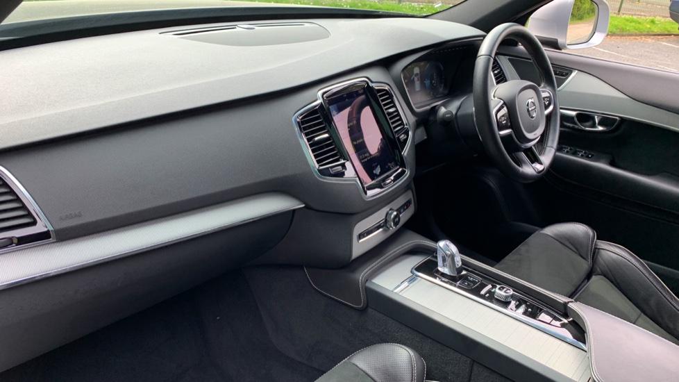 Volvo XC90 2.0 T8 Hybrid R Design Auto W. Sensus Navigation, Rear Park Assist & Cruise Control image 3