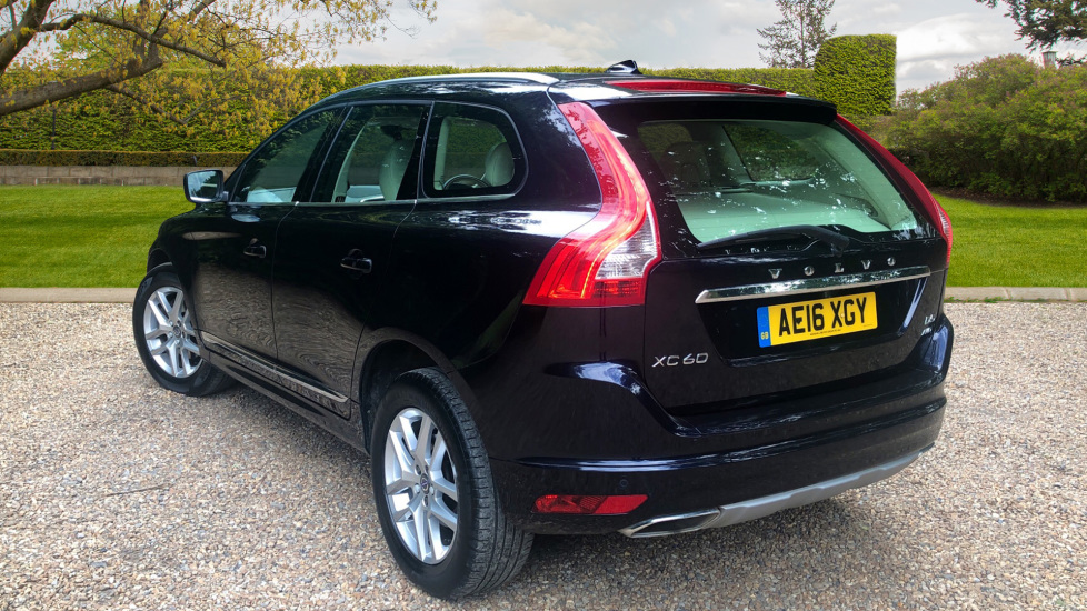 Volvo XC60 D5 SE Lux Nav AWD Auto, Winter Pack, Rear Camera, Front & Rear  Park Assist 2 4 Diesel Automatic 5 door Estate (2016) available from Land