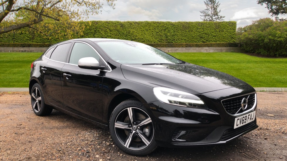 Volvo V40 T3 R Design Edition Auto, Nav, Active Bending Headlights, F & R Sensors & Rear Camera, DAB Radio 1.5 Automatic 5 door Hatchback (2019)