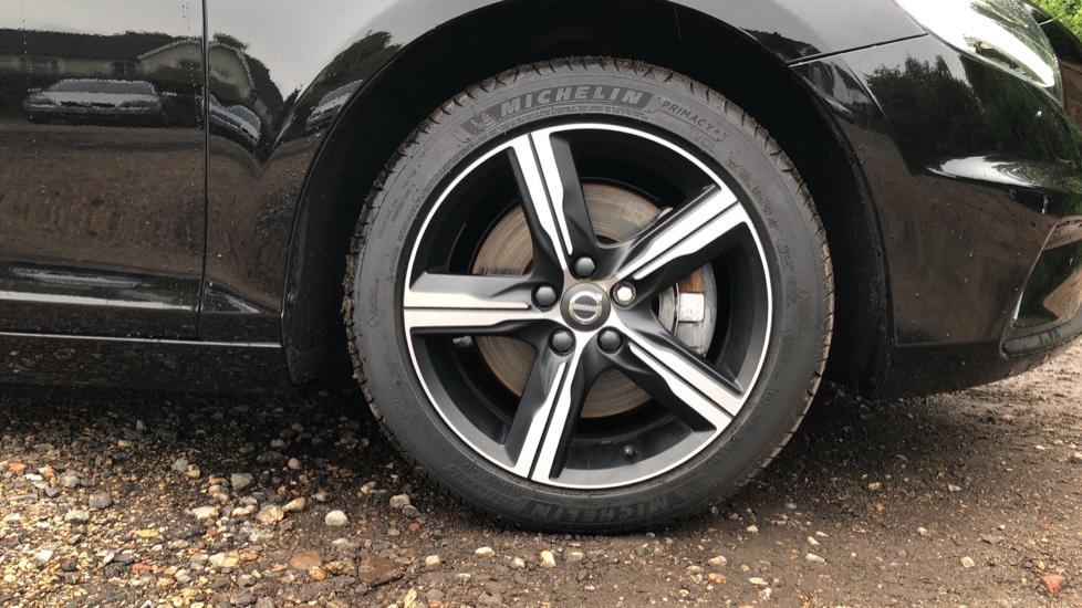 Volvo V40 T3 R Design Edition Auto, Nav, Active Bending Headlights, F & R Sensors & Rear Camera, DAB Radio image 11