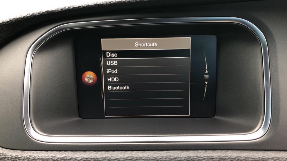 Volvo V40 T3 R Design Edition Auto, Nav, Active Bending Headlights, F & R Sensors & Rear Camera, DAB Radio image 24