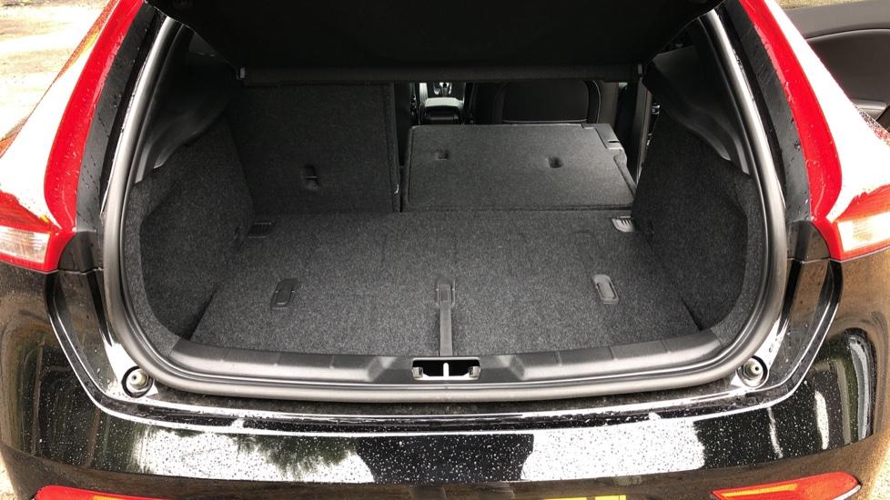 Volvo V40 T3 R Design Edition Auto, Nav, Active Bending Headlights, F & R Sensors & Rear Camera, DAB Radio image 14