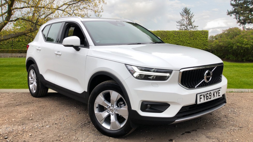 Volvo XC40 D3 Momentum Pro Manual, Rr.Sensors & Camera, Tempa Spare, Active Bend Lights, Heated Screen 2.0 Diesel 5 door Estate (2019) available from Land Rover Swindon thumbnail image