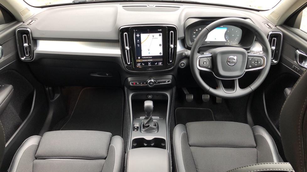 Volvo XC40 D3 Momentum Pro Manual, Rr.Sensors & Camera, Tempa Spare, Active Bend Lights, Heated Screen image 14