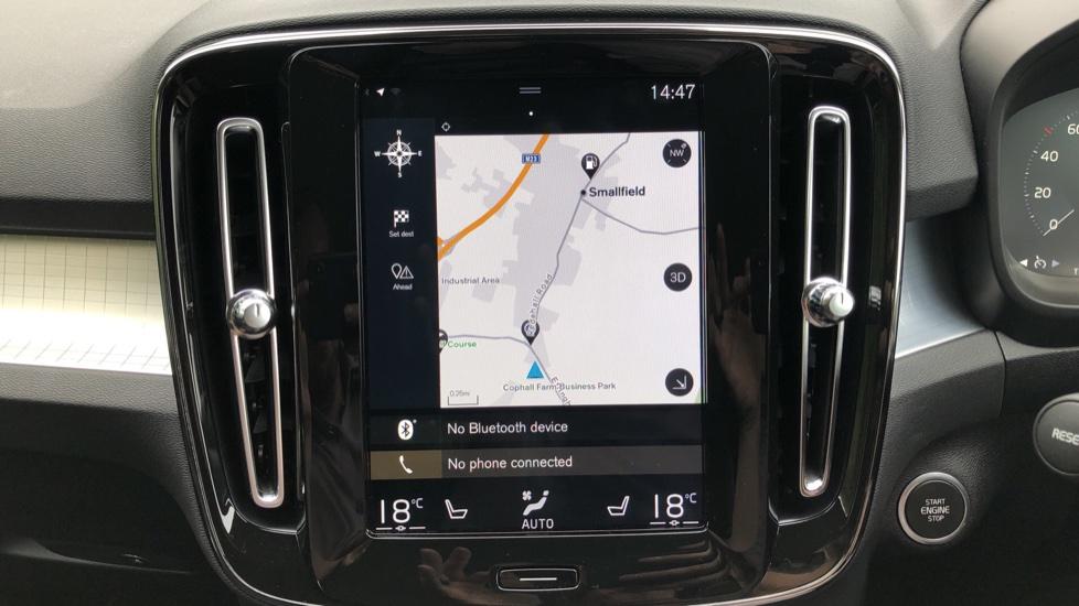 Volvo XC40 D3 Momentum Pro Manual, Rr.Sensors & Camera, Tempa Spare, Active Bend Lights, Heated Screen image 5