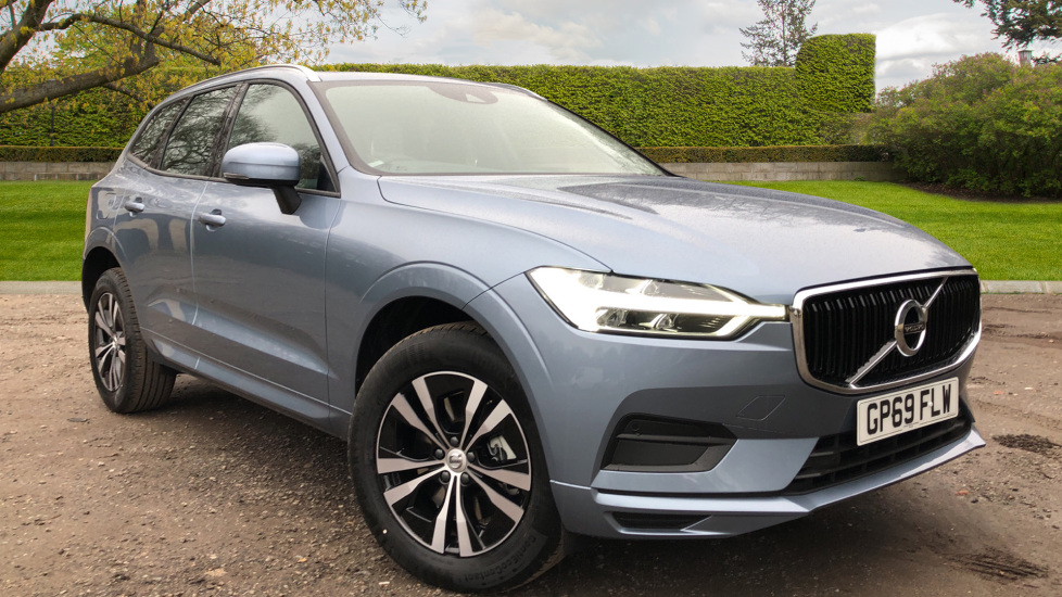 Volvo XC60 B5P Mild Hybrid Momentum AT, Nav, F & R Park Sensors, 18 Inch Alloys, Heated Seats, Tempa Spare 2.0 Petrol/Electric Automatic 5 door Estate (2020)