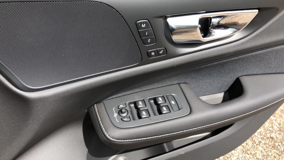 Volvo S60 T5 R Design Plus AT, Xenium, Winter & Convenience Pks, BLIS, 19in Alloys, Auto Dimming Mirrors image 28