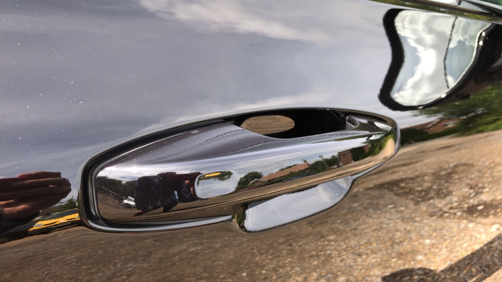 Volvo S60 T5 R Design Plus AT, Xenium, Winter & Convenience Pks, BLIS, 19in Alloys, Auto Dimming Mirrors image 15