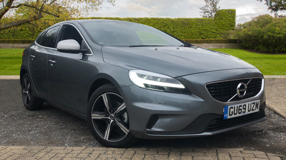 Volvo V40 D2 R Design Edition Manual, Nav, Winter Pk, Active Bending Headlights, F & R Sensors, DAB Radio. 2.0 Diesel 5 door Hatchback (2019)