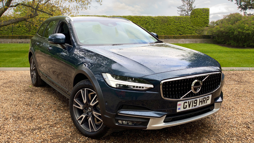 Volvo V90 2.0 D4 Cross Country Pro AWD Auto W. Xenium Pack, Smartphone Integration & BLIS Diesel Automatic 5 door Estate (2019)