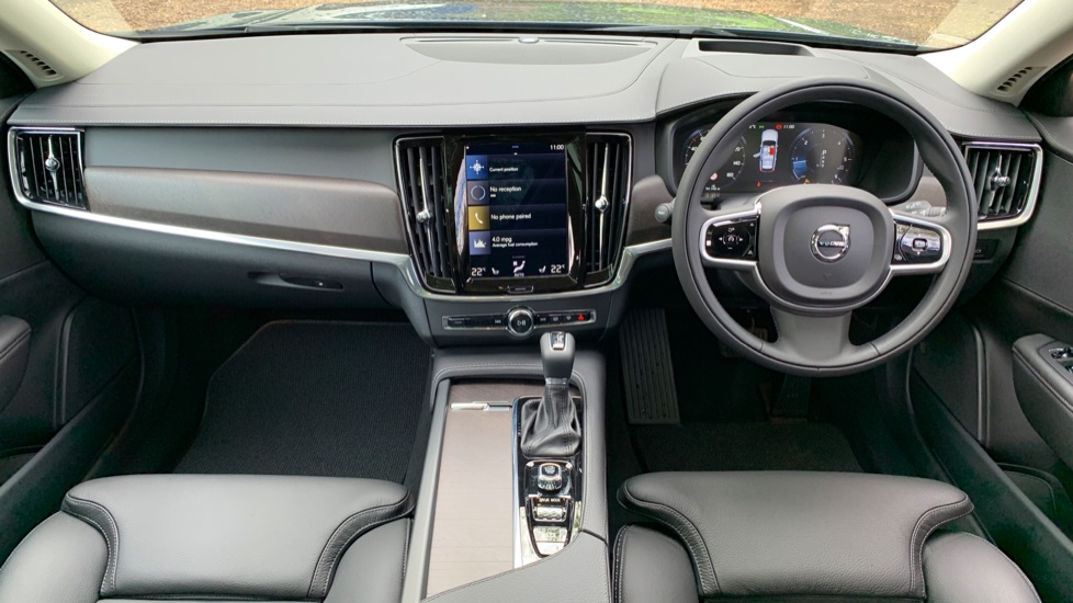 Volvo V90 2.0 D4 Cross Country Pro AWD Auto W. Xenium Pack, Smartphone Integration & BLIS image 9